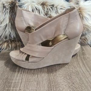 Nine West Leather Open Toed Wedges
